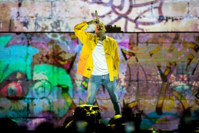 Chris Brown, Forum, One Hell Of A Nite