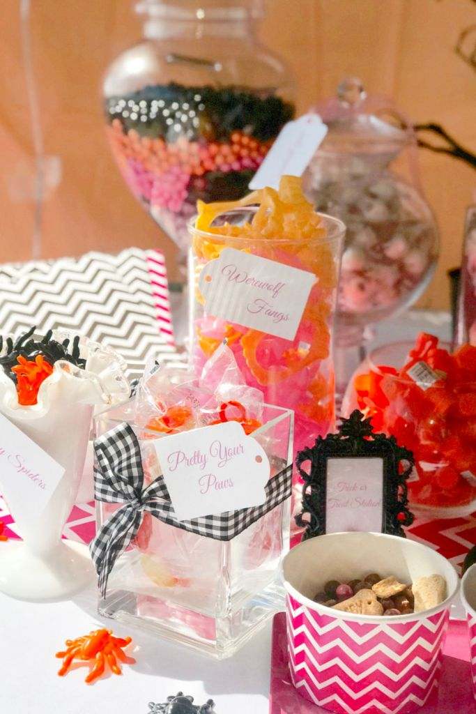 girls howlin halloween pary favors | Poplolly co