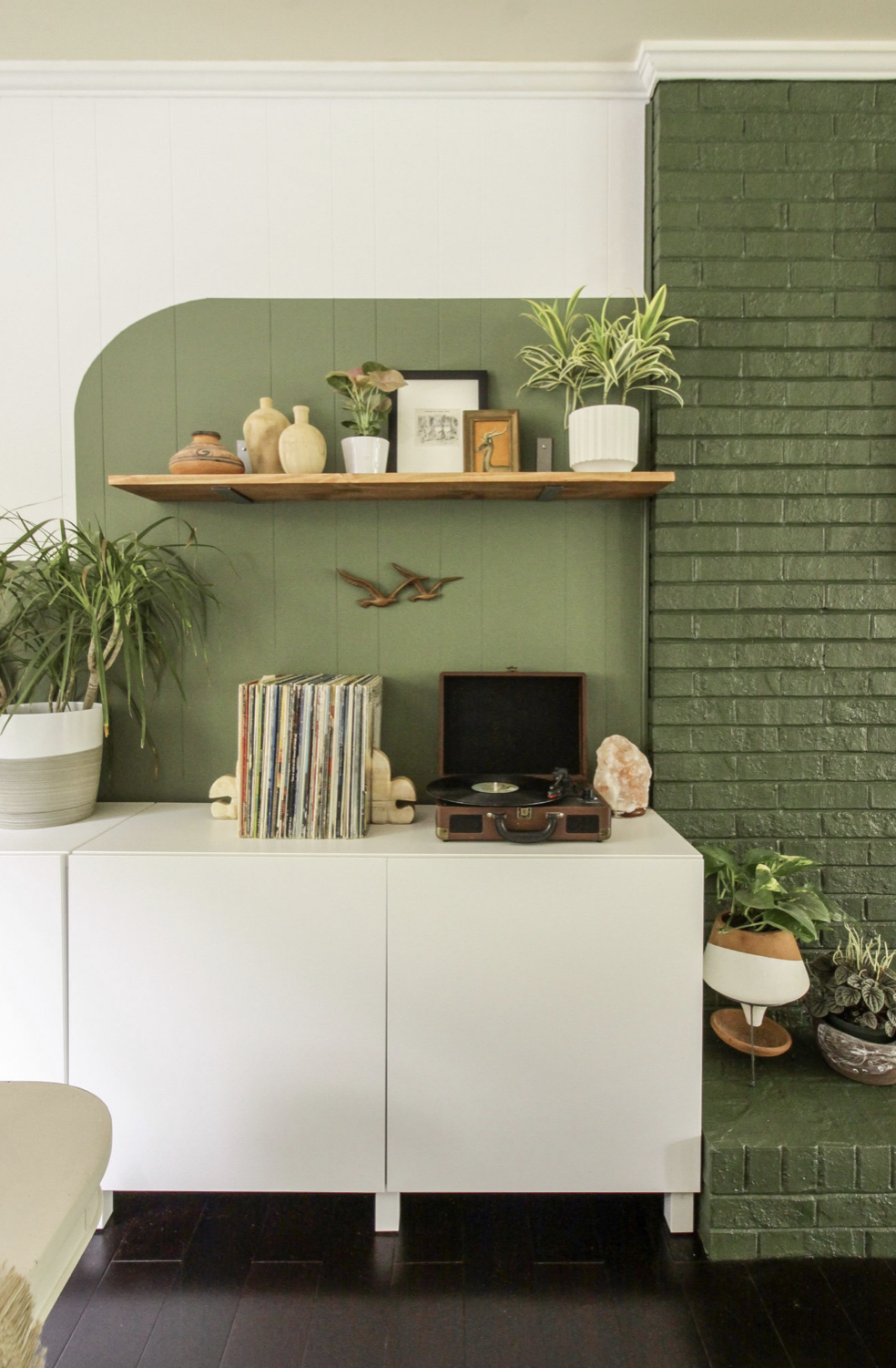 dark green color block accent wall | Poplolly co