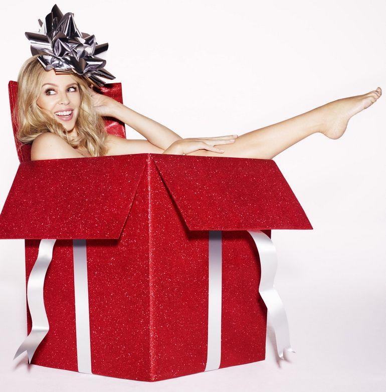 Pop Minute Kylie Minogue Christmas Photoshoot Photos
