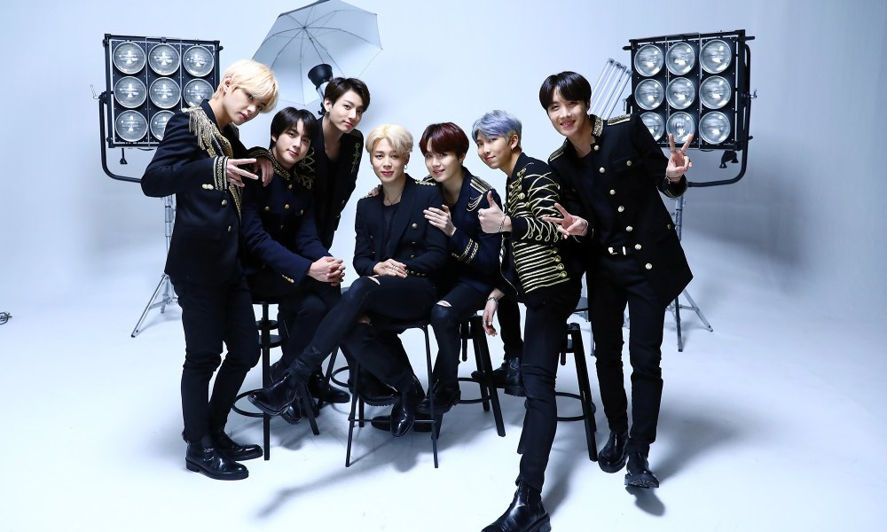 BTS. Foto: Reprodução/Facebook