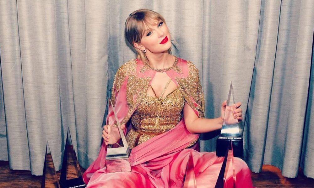 Taylor Swift. Foto: Reprodução/Instagram (@taylor/swift) / Kevin Mazur
