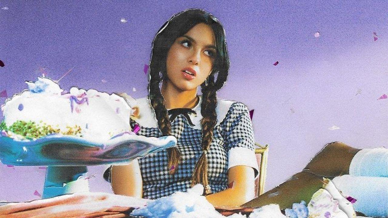 Olivia Rodrigo apresenta pela primeira vez ao vivo a faixa 'favorite crime'    Portal PopNow - Know how pop!