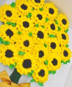 Sunflower bouquet cupcake