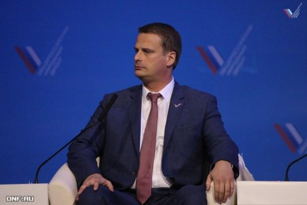 Михаил Попов