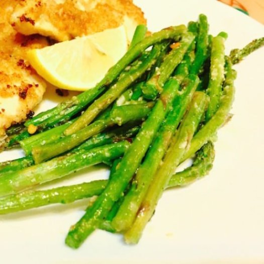 Parmesan Garlic Baked Asparagus poppopcooks.com