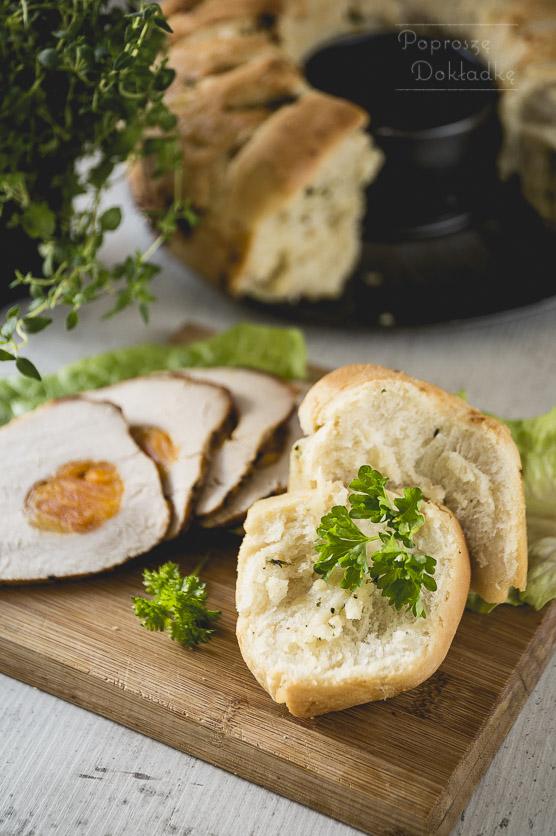 Chlebek czosnkowy odrywany przepis