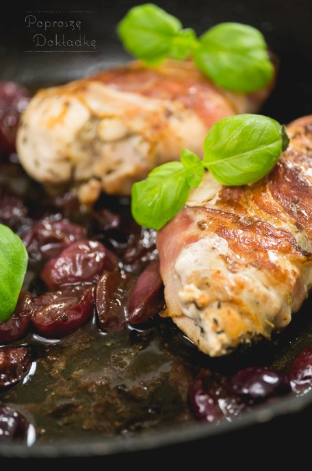 kurczak w sosie winogronowym