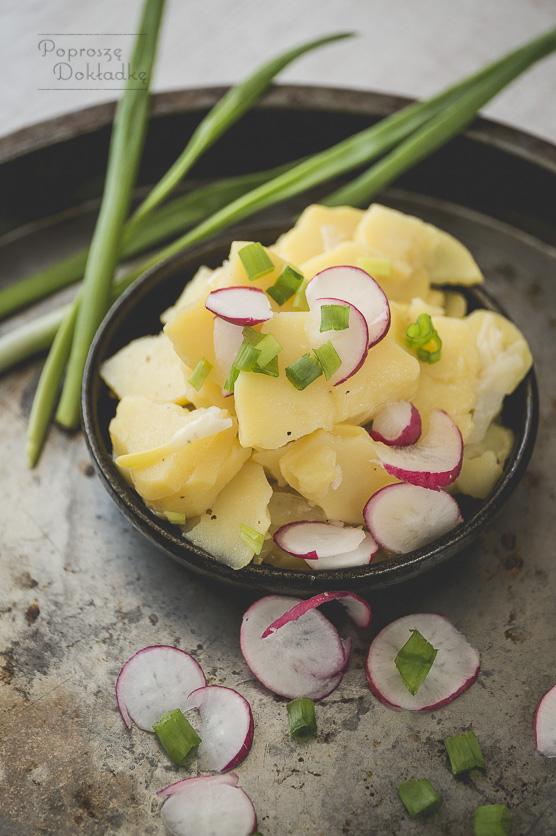 Bayerischer Kartoffelsalat - Niemiecka sałatka ziemniaczana przepis