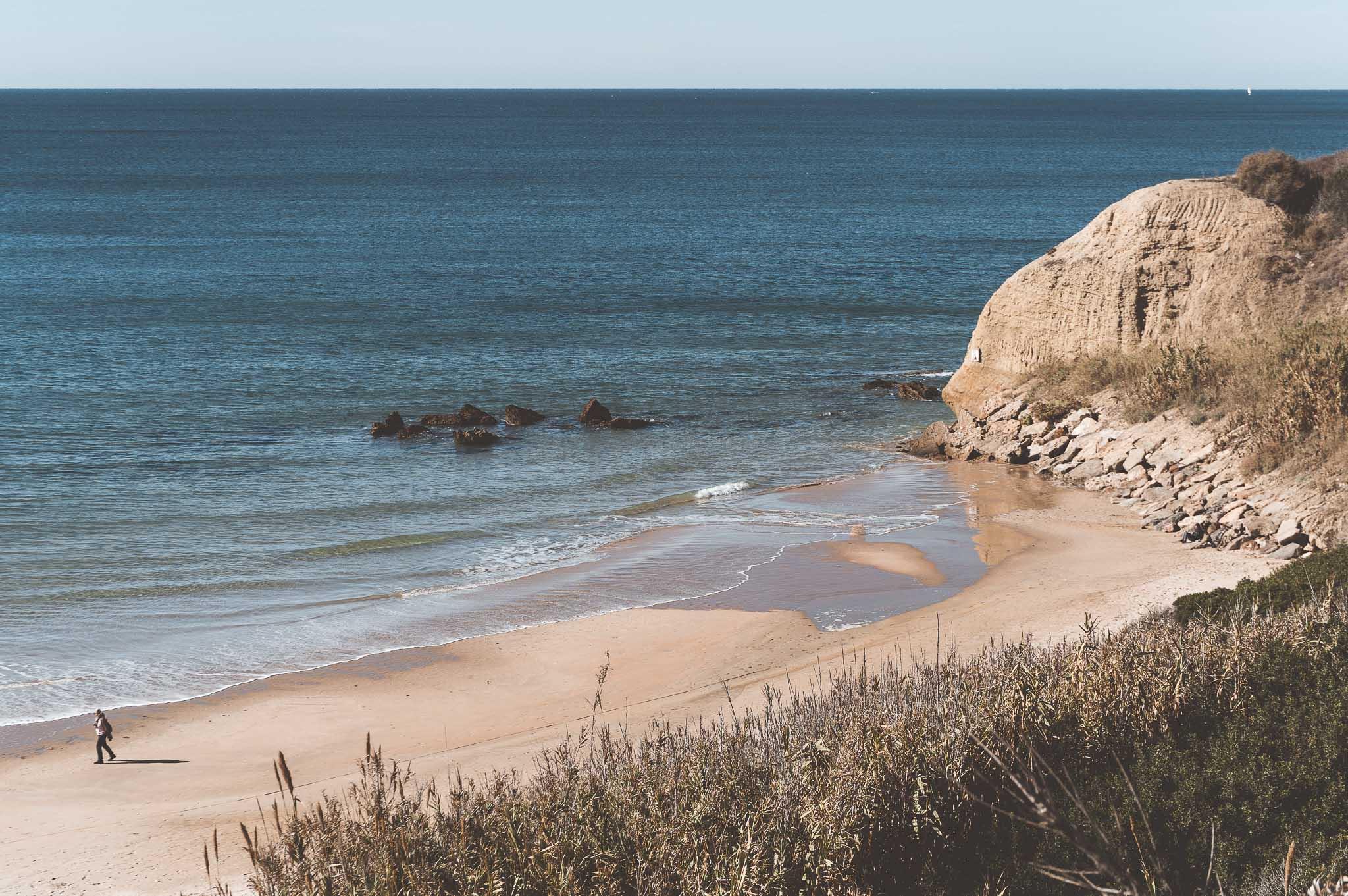 końcówka plaży Playa Fuente del Gallo