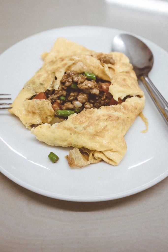 niepozornie wyglądający omlet skrywa w sobie pyszną mieszankę