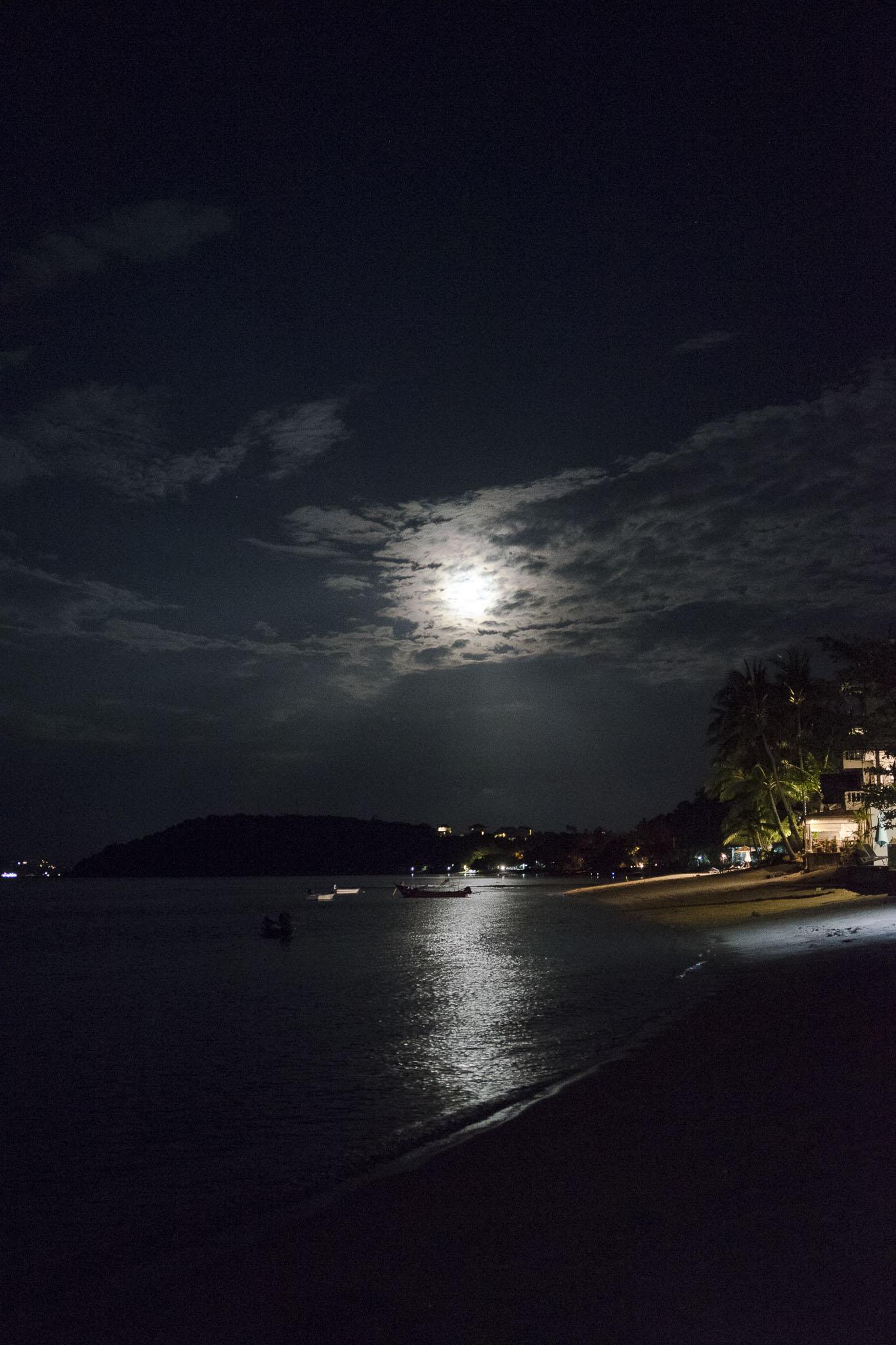 full moon, party na sąsiedniej wyspie