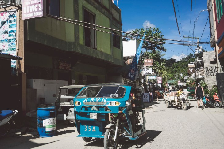 Filipiński trycykl, wizytówka kraju :-)