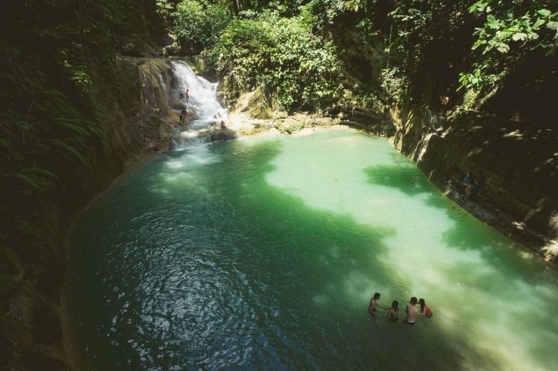 wodospady Mag-Aso w Antequerze, Filipiny, Panglao