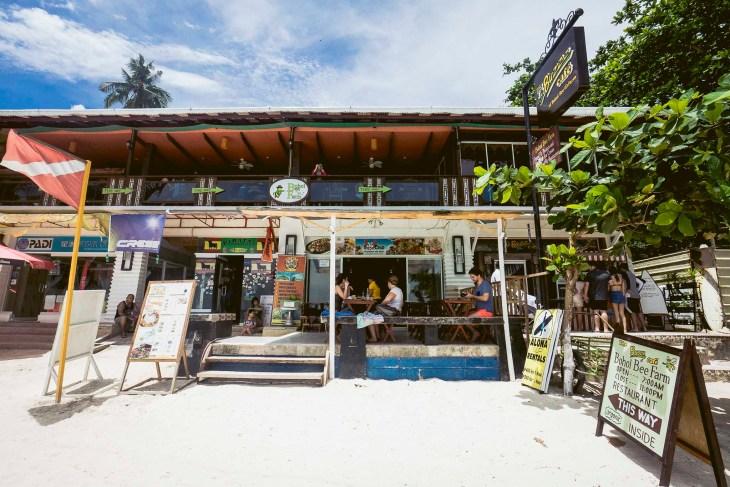 oddział Bohol Bee Farm przy plaży w Alonie