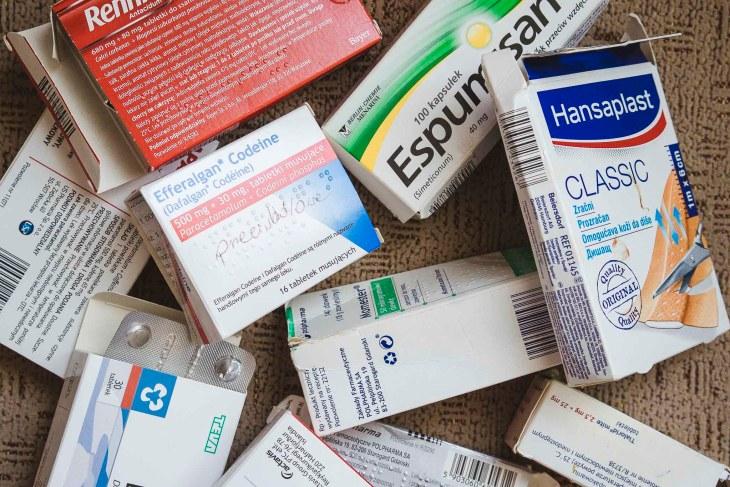 Apteczka podróżna leki Azja
