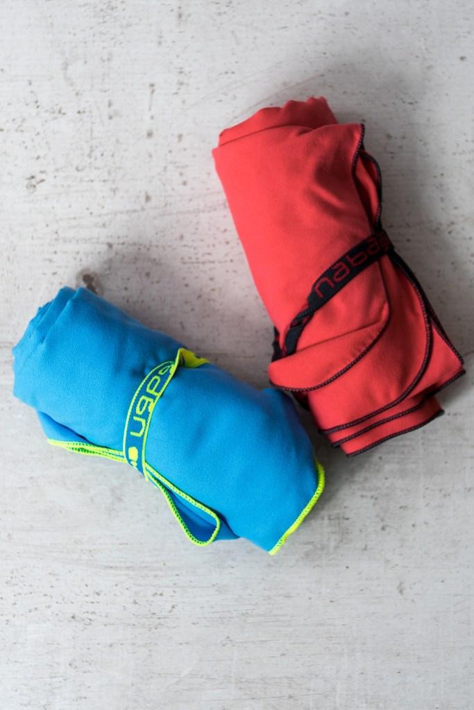ręczniki szybkoschnące - zajmują mało miejsca, szybko schną :-) i są chłonne