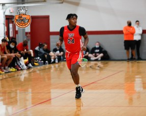 2023 LT Overton gets back in transition during the 2021 HoopSeen Tip-Off. As a football player, LT is rated the #1 DE in HS class. The kid can also hoop, looking to eat whenever he can on the court. Image by PopscoutHoops.