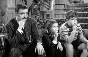 Flashback: Família Addams recebe visita inesperada
