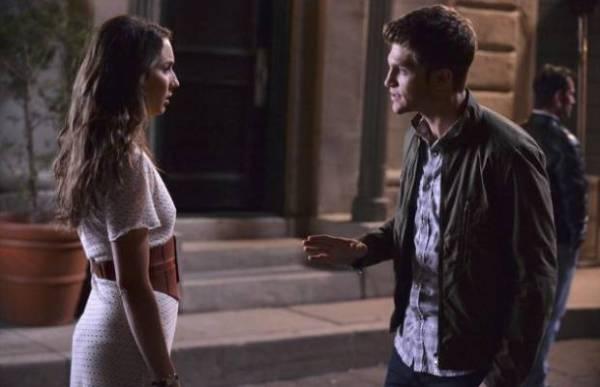 PLL: Spencer e Caleb procuram pistas sobre Mona