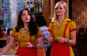 2 Broke Girls: Max e Caroline arrumam um novo emprego