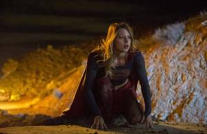 CBS adia episódios de Supergirl e NCIS: LA