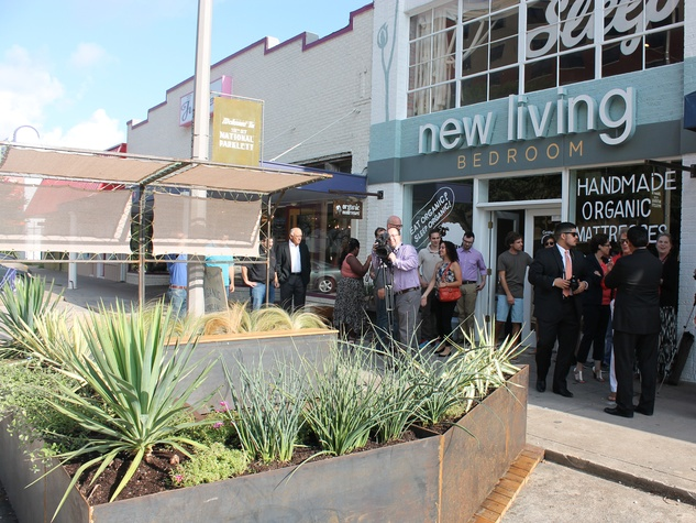 19th-Street-Parklet-July-2014_110935 | New Living Bedroom in the Houston Heights