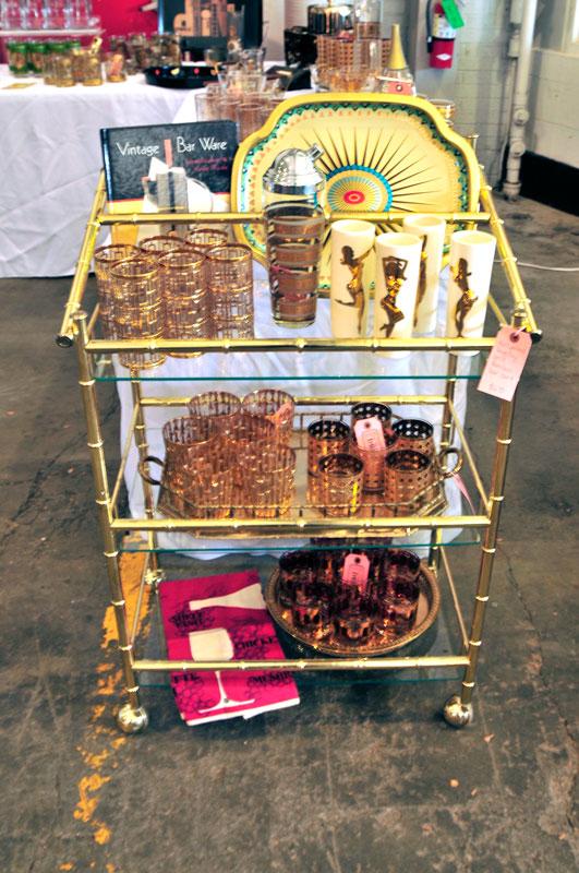 vintage-bar-ware-shopping-houston-antiques-vintique-flea