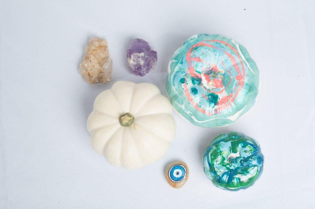 2nd-hero-marbled-pumpkins-diy-with-nail-polish