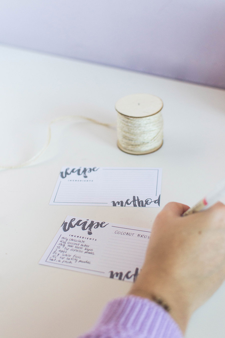 Write your recipes on our printable recipe cards free download