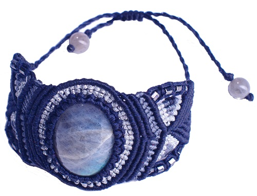 Gemstone Macrame bracelet_lillianeelysian
