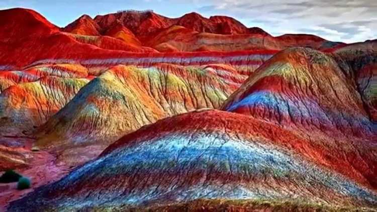 Rainbow mountains china_Popsicle Society