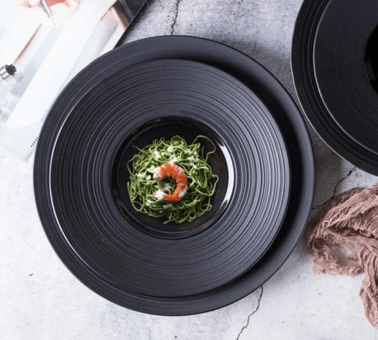Black Disk Ceramic Tableware