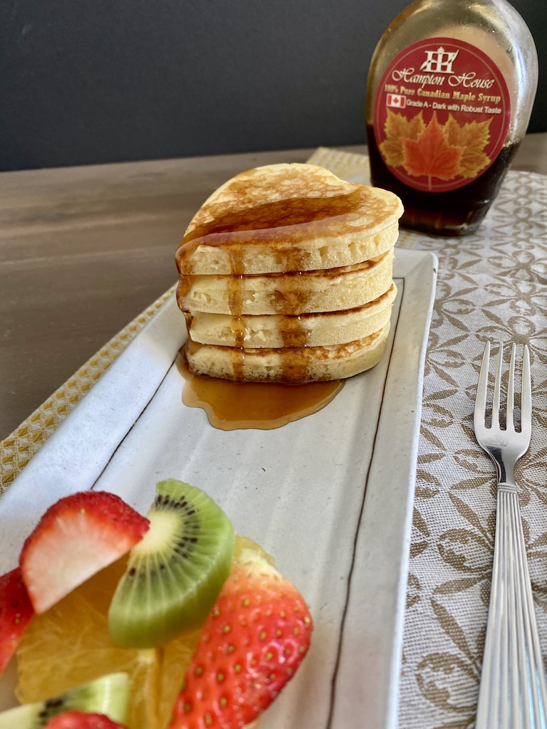 PopsicleSociety-heart shaped fluffy pancakes_6572