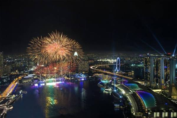 0_celebrateworldfb
