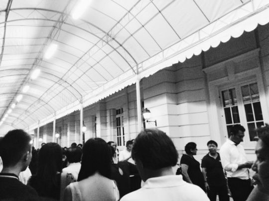 Queues still exist past midnight outside Parliament House for Lee Kuan Yew's public wake.