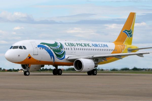 Cebu_Pacific_Air_Airbus_A320_MRD-1