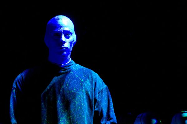 BLUE MAN GROUP -11
