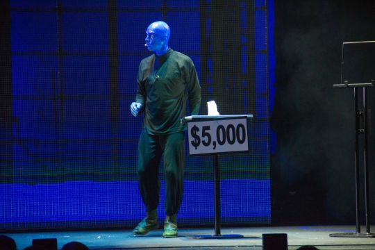 BLUE MAN GROUP -17