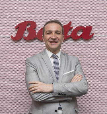 Mr. Pontecorvo (Photo from Bata)