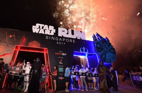 Flag off for STAR WARS Run Singapore 2017