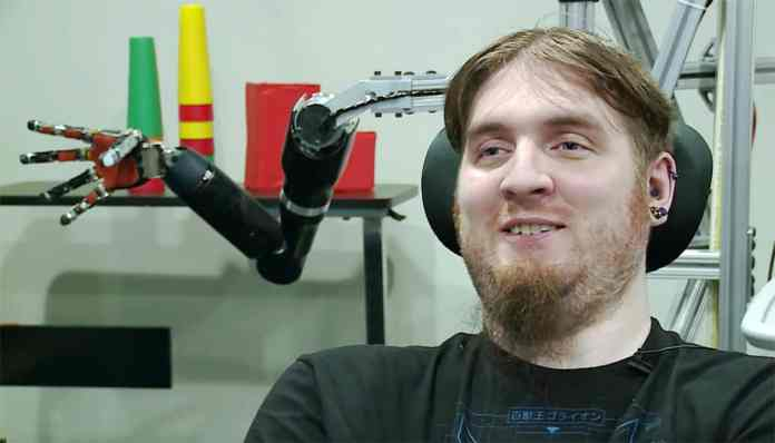 Nathan Copeland uses Neuralink brain implant