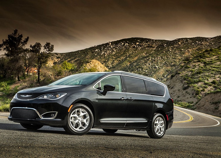 2019 Chrysler Pacifica  Interior, Hybrid, Limited