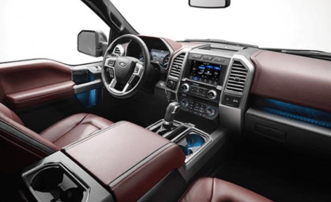 2019 Ford 150 Interior