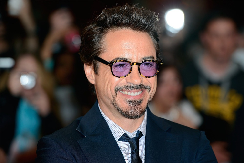 20 Sexy Celebrities You Won't Believe Are in Their 50's - Robert Downey Jr.