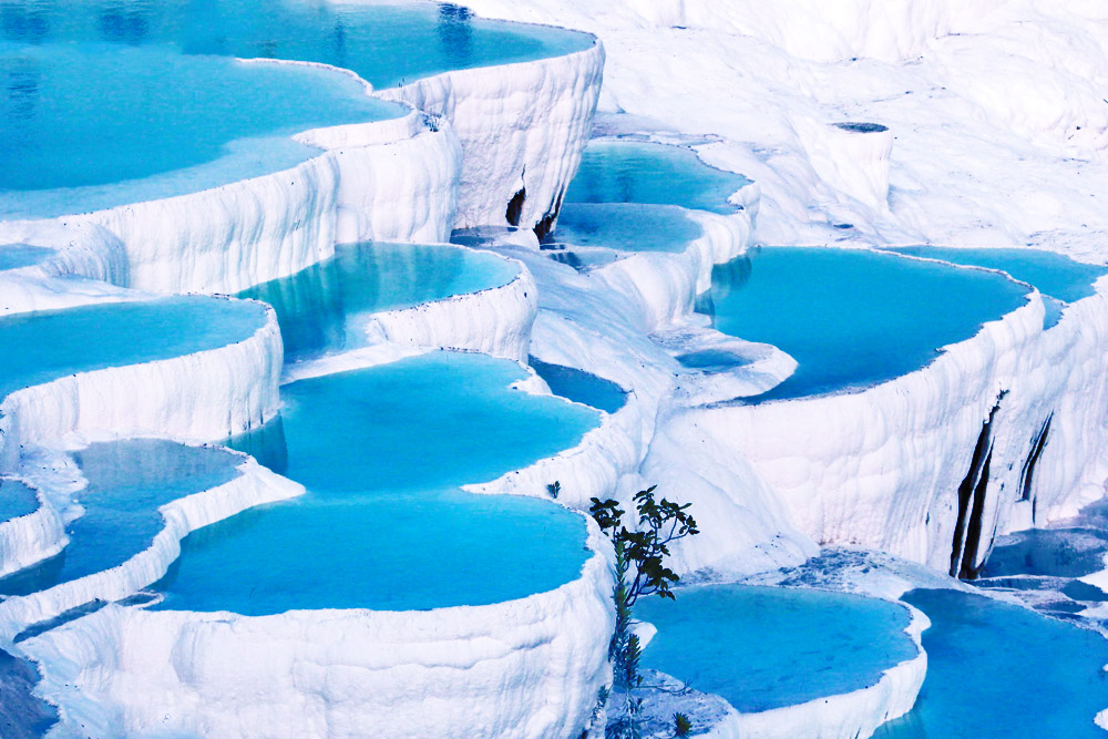 Truly Amazing Places You Must Visit in the Middle East Before You Die - Pamukkale, Turkey