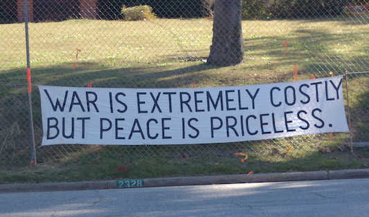 War protest, 2006, against School of the Americas in Fort Benning, Ga. (Ashleigh Nushawg -CC BY-SA 2.0)