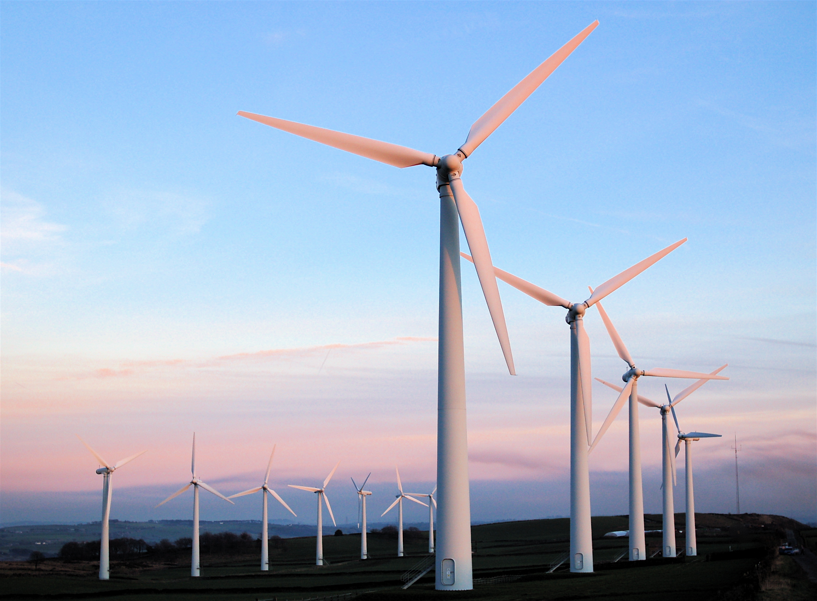 What Are The Pros And Cons Of Solar And Wind Energy