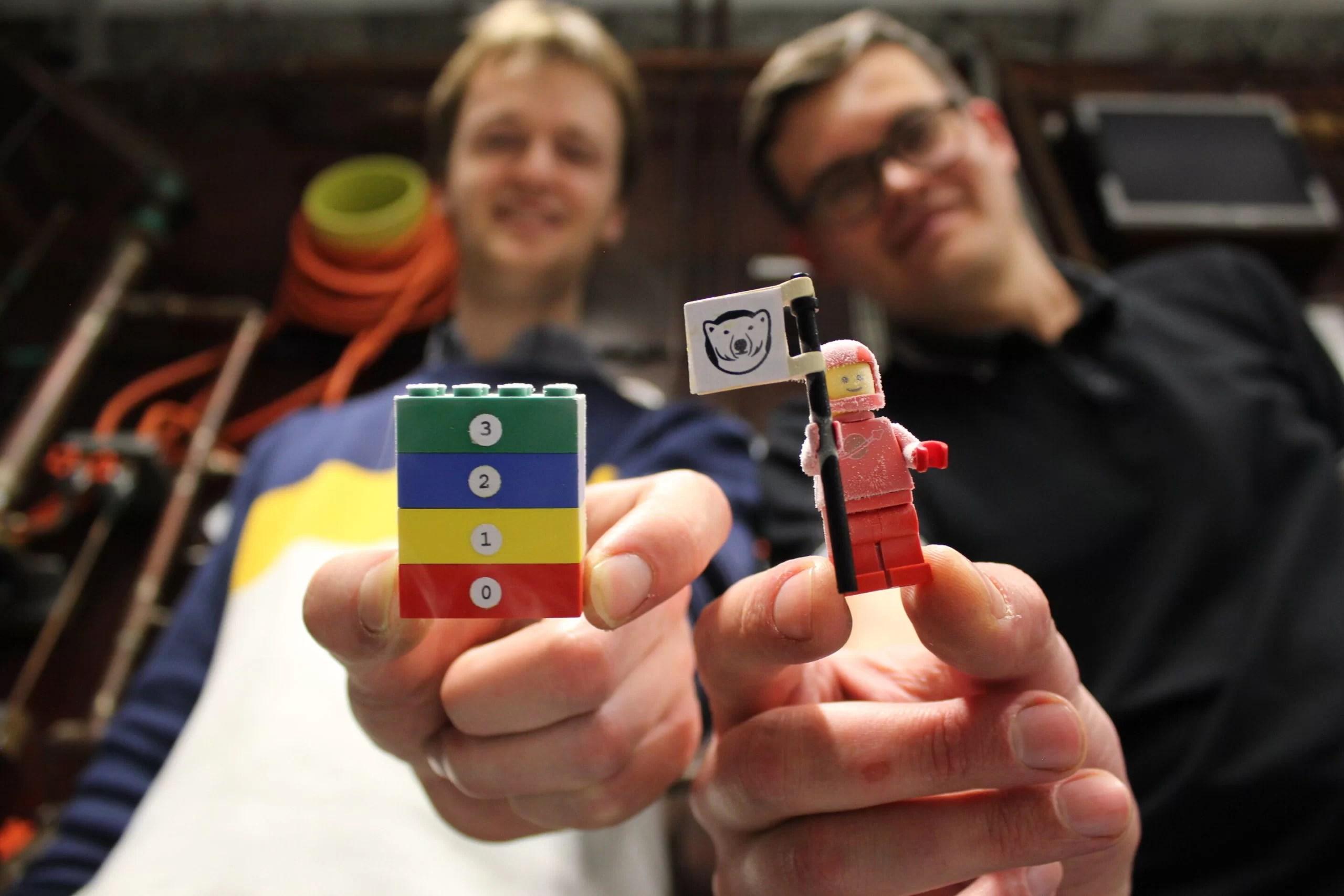 LEGO охладили почти до абсолютного нуля