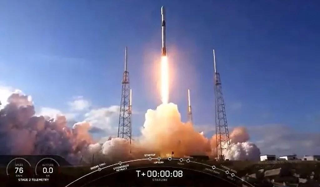 SpaceX отправит астронавтов к МКС в конце мая